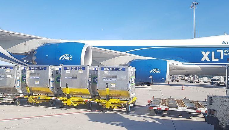Авиакомпания AirBridgeCargo Airlines доставила в Китай 41 контейнер для перевозки вакцины от коронавируса