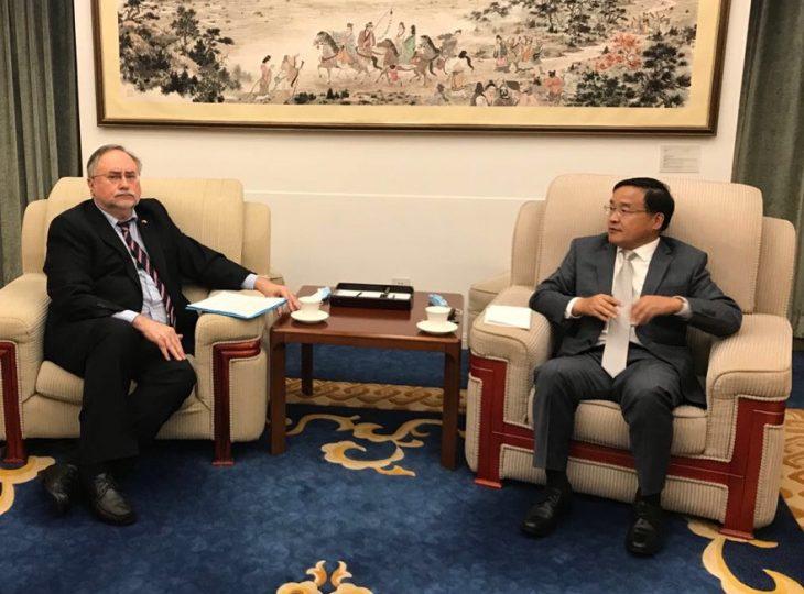 Посол Сергей Камышев встретился с директором Договорно-правового департамента МИД КНР Цзя Гуйдэ