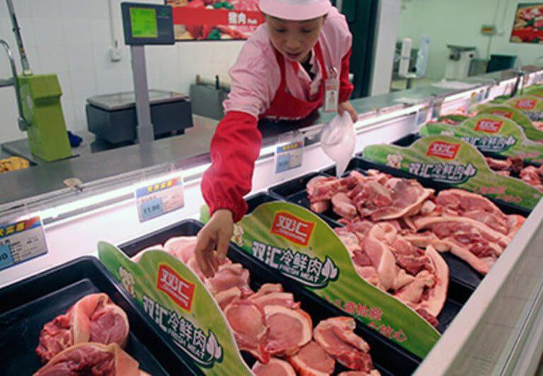 В Китае цены на свинину останутся высокими