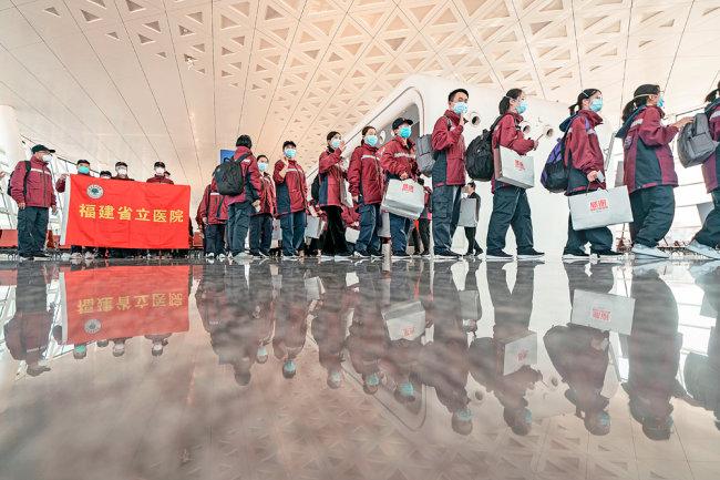 Китай и Россия обсудили восстановление движения людей и грузов через границу