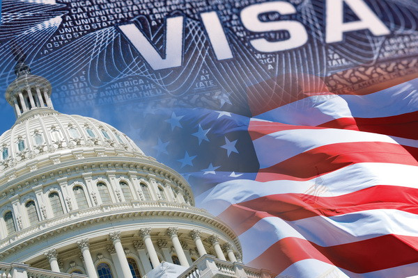 Вашингтон аннулировал визы гражданам КНР
