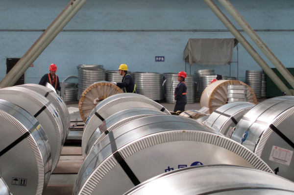Металлургические предприятия Китая в январе-августе сократили экспорт стали на 18,6%
