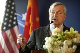 Посол США в Китае подал в отставку