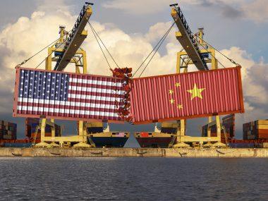 """Китай назвал решение ВТО по пошлинам Трампа """"объективным и справедливым"""""""