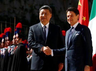 """Италия испытывает проблемы с принятием политических решений, считается в Европе """"колонией Китая"""" - лидер партии """"Лига"""""""