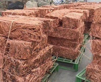 Китай планирует возобновить импорт металлолома к концу текущего года