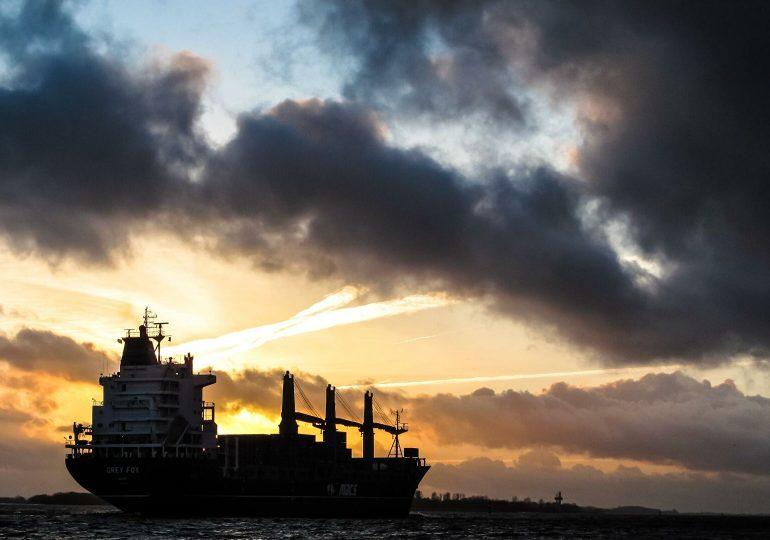 Китай отказался оформлять импорт с трех российских судов из-за COVID-19 на товарах