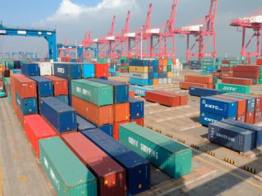 Китай занял лидирующие позиции по импорту-экспорту с Украиной