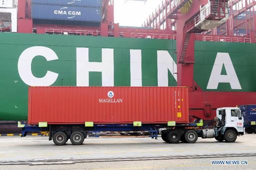 Оборот внешней торговли Китая в третьем квартале вырос на 7.5%