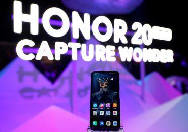 Huawei собирается продать свой бренд смартфонов Honor