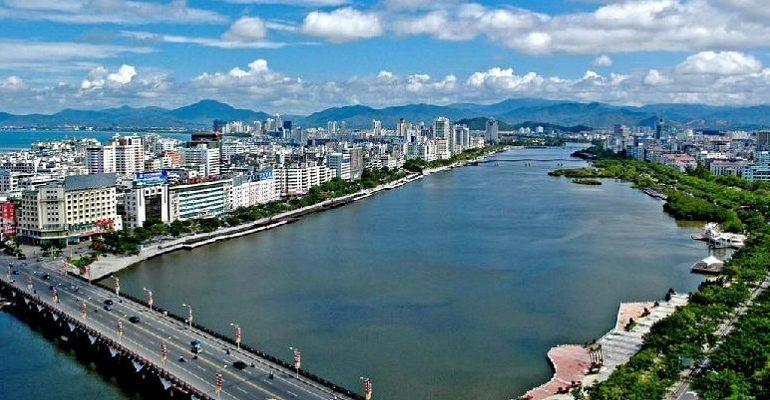 Власти Китая утвердили план развития государства на ближайшие пять лет
