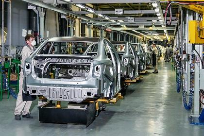 Китайский партнер BMW и Renault заявил о реструктуризации из-за банкротства