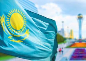 Казахстанская ЖД запретила погрузку грузов в Китай