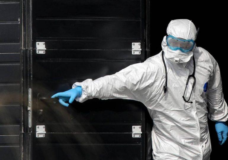 Китай займется дезинфекцией всех ввозимых замороженных продуктов
