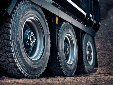 ЕЭК продлила антидемпинговые пошлины на грузовые шины из Китая