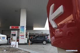 Китай повышает цены на бензин и дизельное топливо