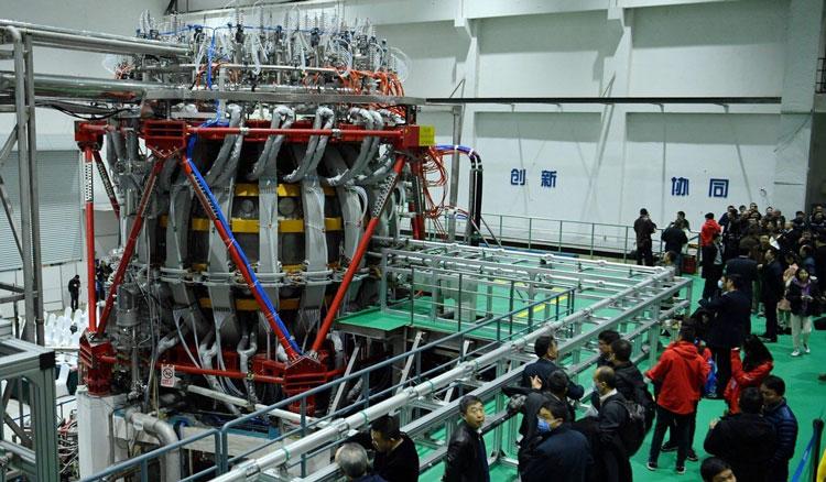 В Китае ввели в работу экспериментальную термоядерную установку «искусственное Солнце»