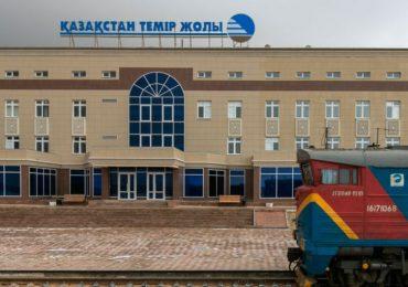 Казахстанская ЖД просит своих грузоотправителей самостоятельно решить вопрос с простоем грузов на китайской границе