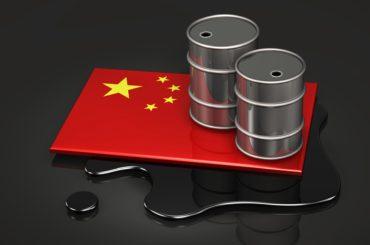 Китай увеличил объем переработки нефти до рекордного уровня