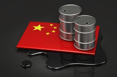 Китай увеличил переработку нефти до рекордного уровня