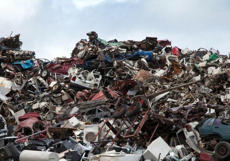 Китай прекратил импортировать мусор с начала года