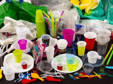 В Китае вступил в силу план по сокращению загрязнения пластиком