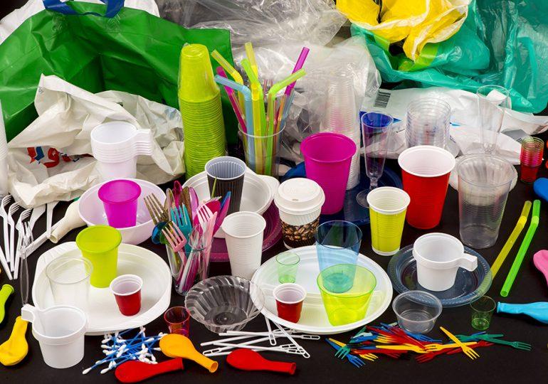 В Китае вступил в силу план по сокращению загрязнения пластиком до 2025 года