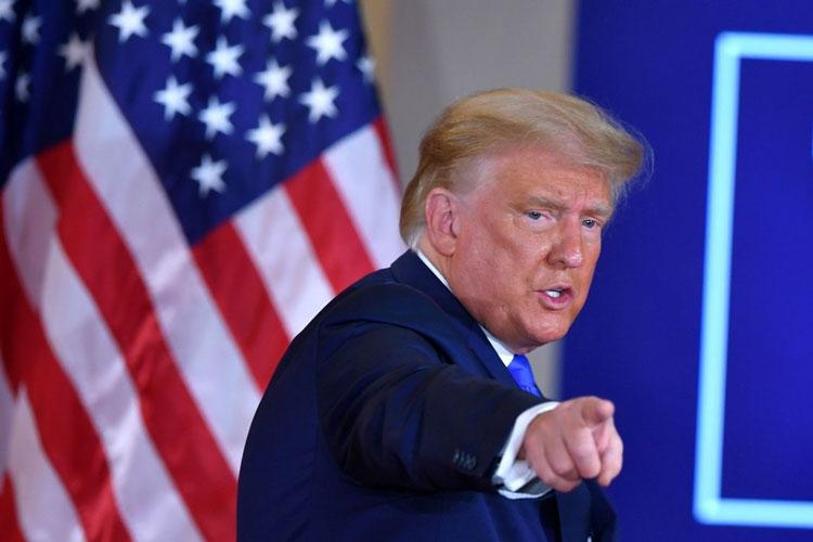 Власти США запретили американским инвесторам владеть ценными бумагами китайских компаний