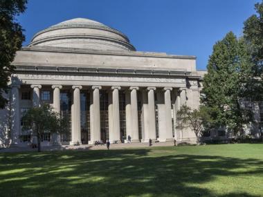 В США арестовали профессора MIT по подозрениям в связях с Китаем – WSJ