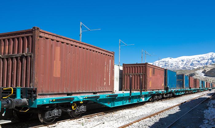 Китай увеличит прием грузовых поездов на границе с Казахстаном