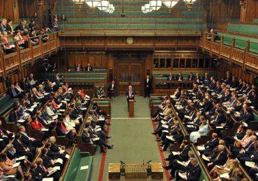В Британском парламенте призвали вывести Китай из цепочек поставок оборонной сферы