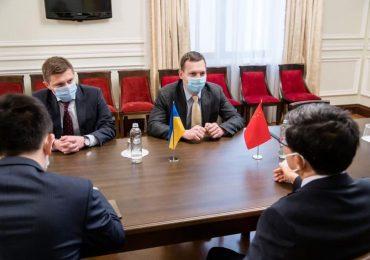 Китай поддерживает территориальную целостность Украины – Фань Сяньжун