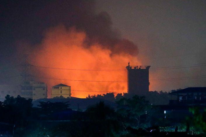 В Мьянме 32 компании с китайскими инвестициями подверглись атаке