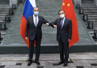 Китай и Россия условились об автоматическом продлении Договора о добрососедстве