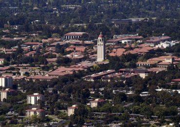 США наращивают усилия по защите университетских исследований от Китая