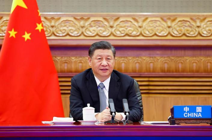 Китай введет строгий контроль за потреблением угля к 2025 г. - Си Цзиньпин