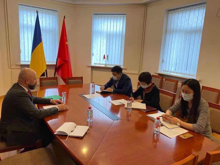 Украина и Китай ведут работу по реализации решений Межправкомиссии – советник вице-премьера