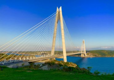 Китайский консорциум планирует приобрести 51% турецкой автотрассы с мостом через Босфор