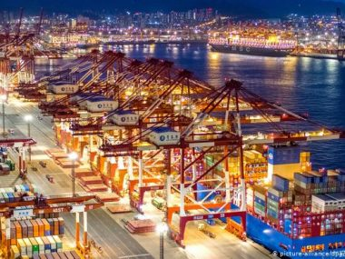 Экспорт Китая вырос на 32.3% в апреле 2021 г. на фоне глобального роста спроса