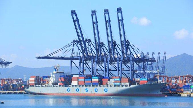 COSCO Shipping Ports планирует приобрести долю в Гамбургском портовом терминале