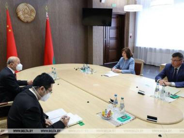 Посол КНР Се Сяоюн встретился с высокопоставленными белорусскими чиновниками