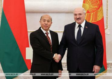 Китайский посол похвалил режим Лукашенко за «успехи в стабилизации общественно-политической ситуации в стране»