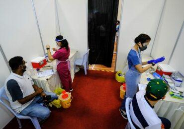 Китайские производители вакцин предоставят до 550 млн доз по программе COVAX