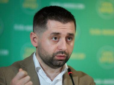 Принципы правящих партий Украины и Китая во многом совпадают – лидеры «Слуги народа» Д. Арахамия и А. Корниенко