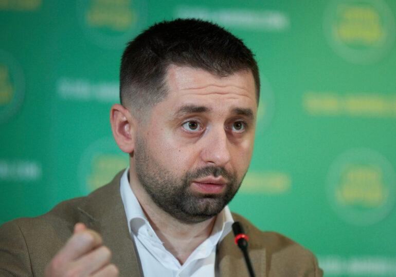 Украина должна выстраивать партнерские отношения с Китаем, даже если это не нравится США – Арахамия