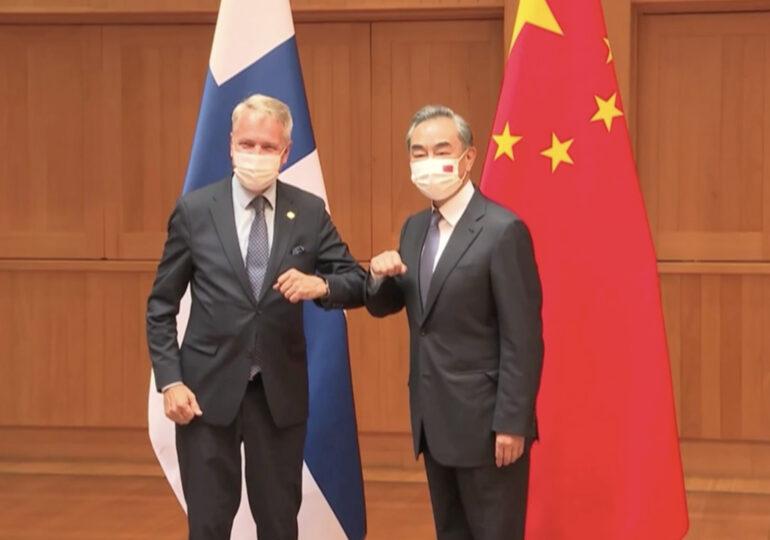 Главы МИД Финляндии и КНР провели переговоры