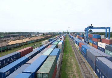 Транзит Китай – ЕС может переориентироваться на Украину - МИД