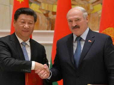 Лукашенко поздравил Си Цзиньпина со 100-летием образования КПК