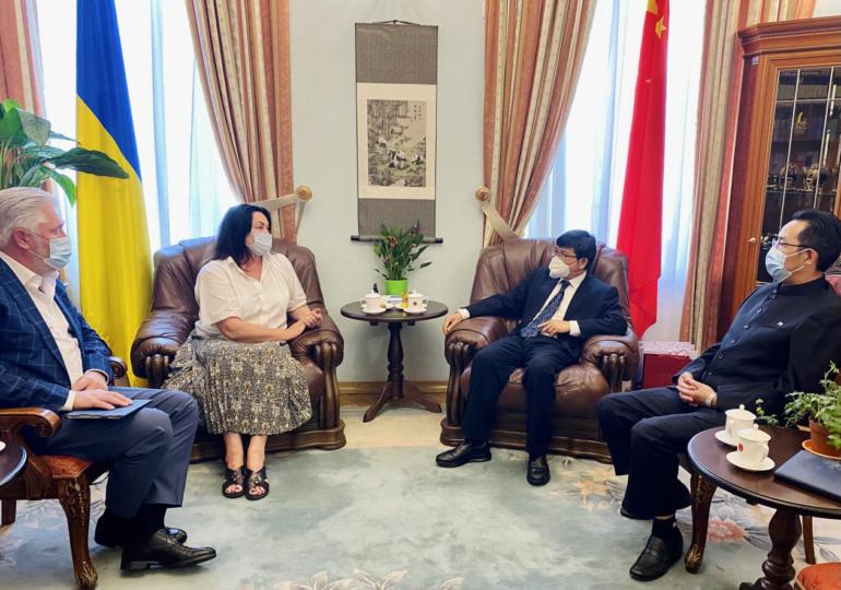 Посол КНР в Украине встретился с главой Нацрады по вопросам телевидения и радиовещания Украины