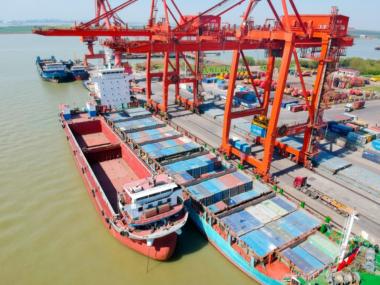 Стоимость контейнерных перевозок Китай-США достигла рекордного уровня